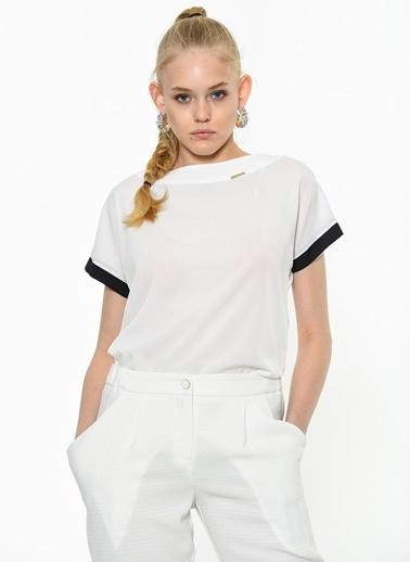 Kiwe Bluz Beyaz